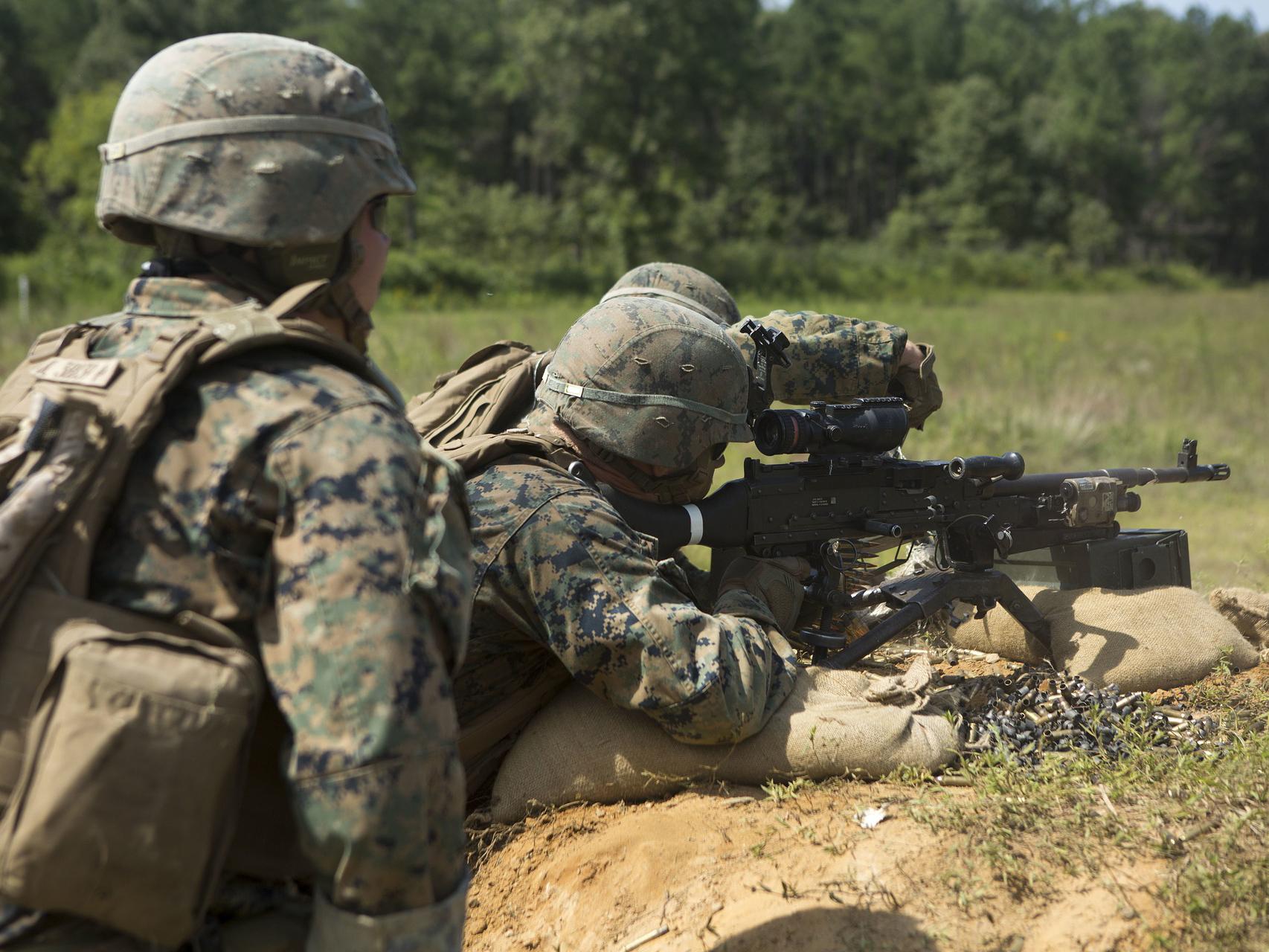 Vojáci v Belgii podezřelí z přenosu AMP